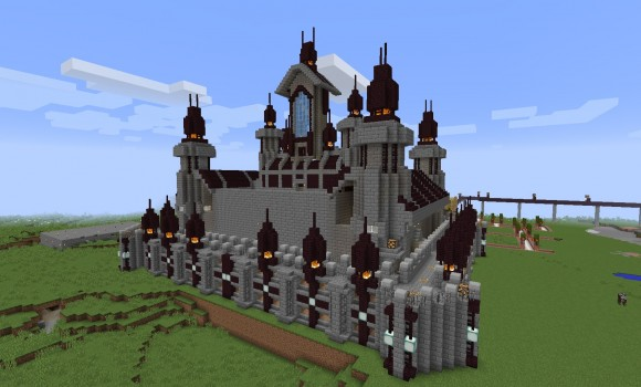 城の後ろ側